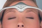 片頭痛を治療する、世界初のウエラブルデバイス「Cefaly」